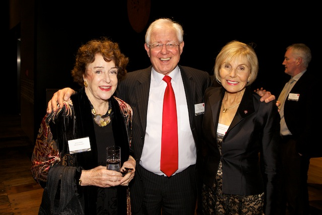 Professor Richard Faull with campaign drivers Dame Jenny Gibbs (L) and Dame Rosie Horton (R)
